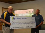 Sheriff Jackson accepts rebate check from CoEnergy Propane.