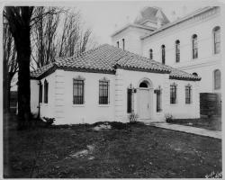 Black and White Photo of Benton County Jail